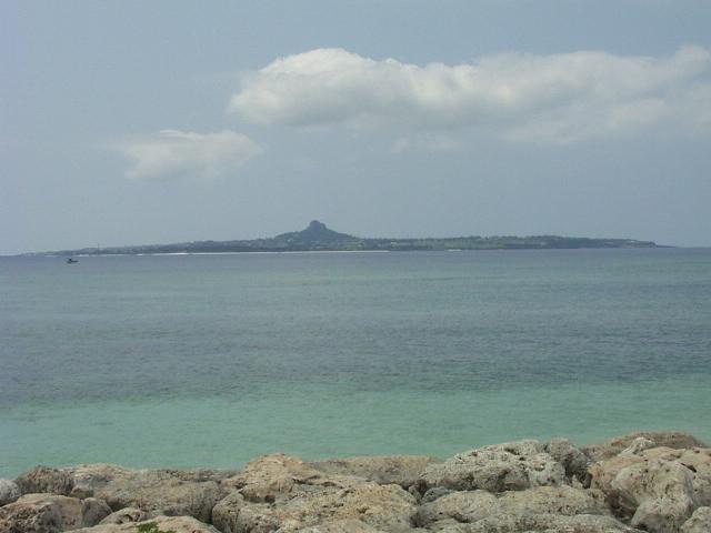 伊江島08040413.jpg